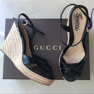 💯 AUTHENTIC GUCCI Penelope strappy wedge